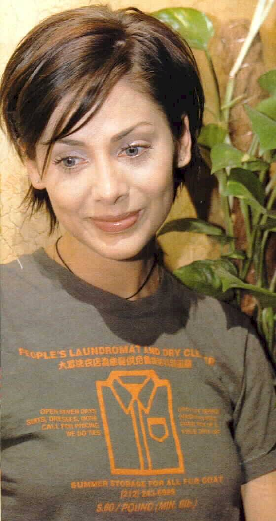BabeStop - World's Largest Babe Site - natalie_imbruglia04.jpg