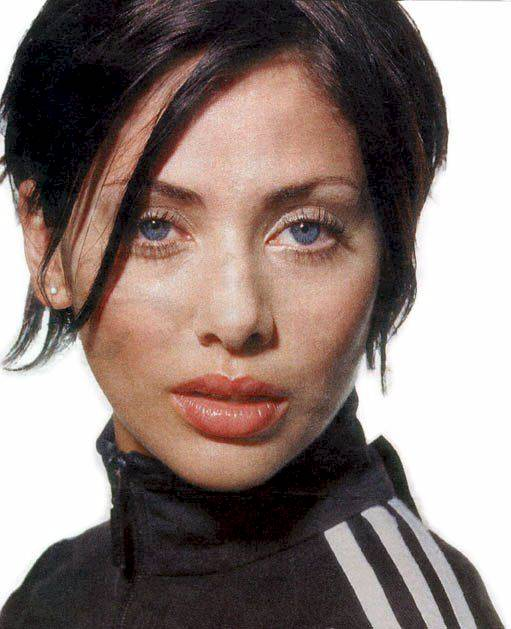 BabeStop - World's Largest Babe Site - natalie_imbruglia08.jpg